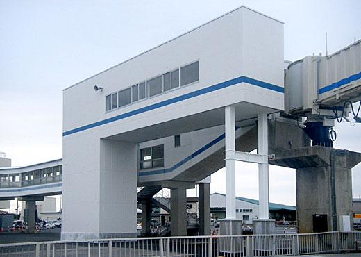 大洗フェリーターミナル人道橋