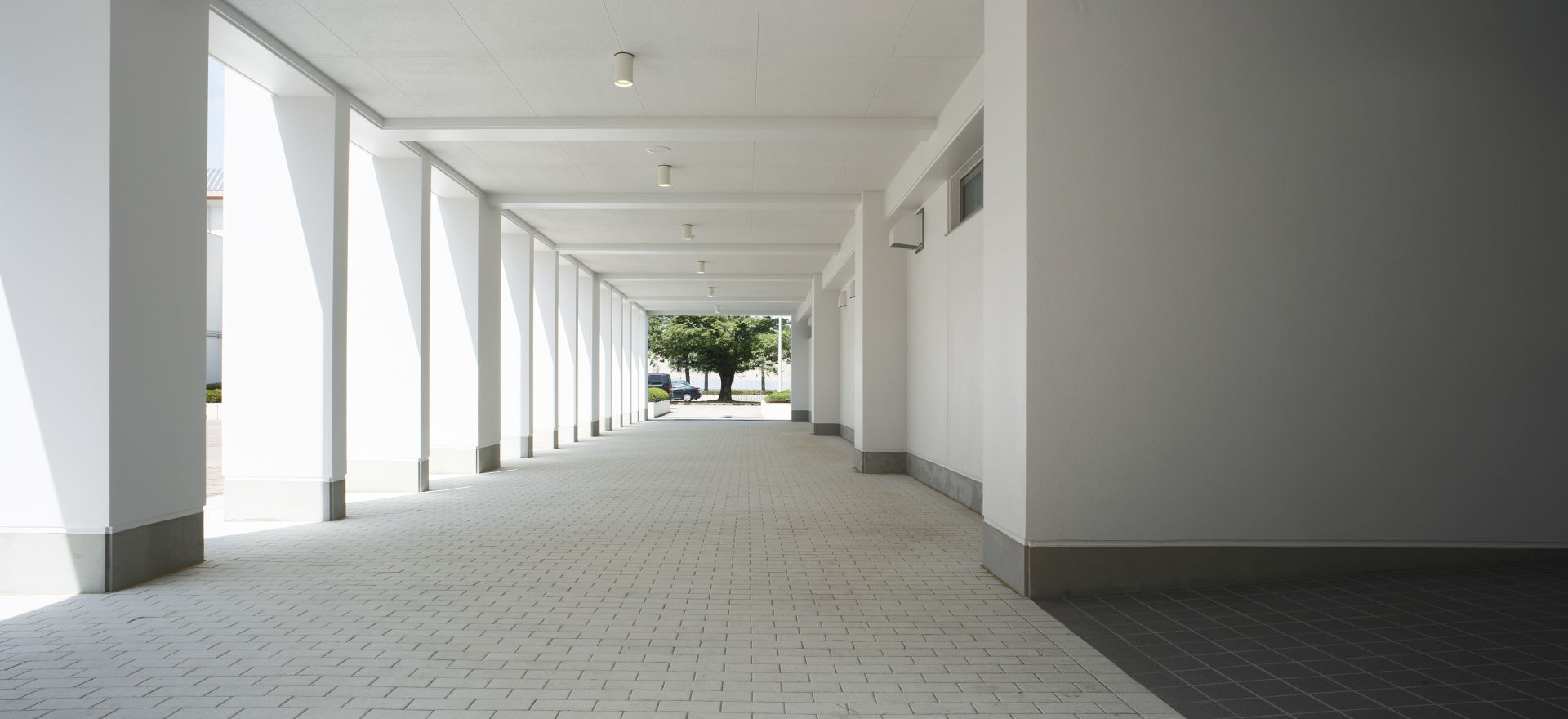古河中等教育学校多目的教室棟